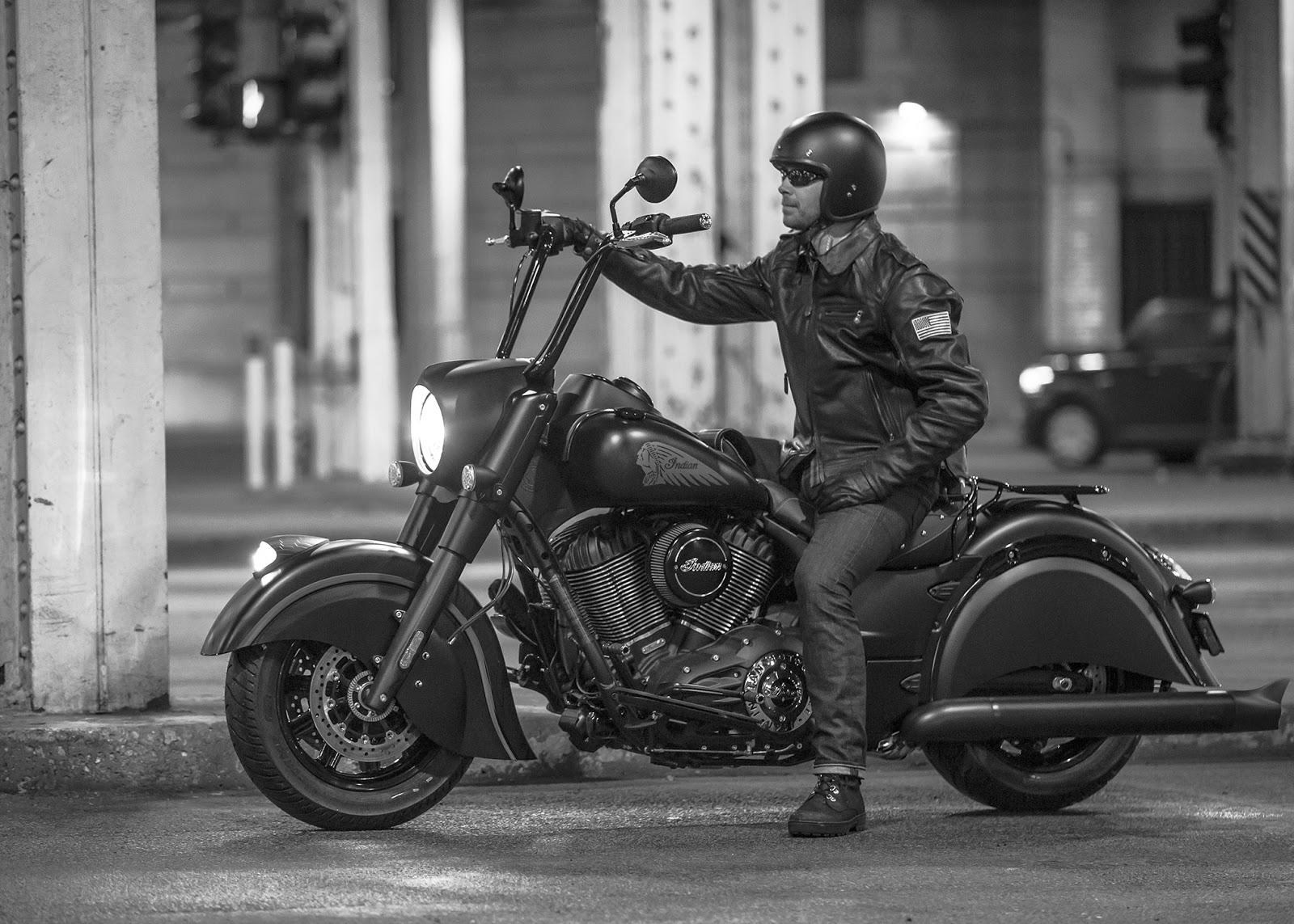 biker excalibur ii 2016 indian chief dark horse. Black Bedroom Furniture Sets. Home Design Ideas