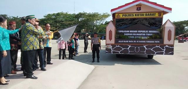 Dilepas Bupati Yapan, Pawai Pembangunan Sambut Hari Kemerdekaan