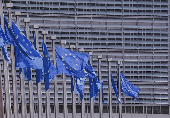 """La Commissione Ue: """"Riapertura delle frontiere esterne dal 1° luglio"""""""