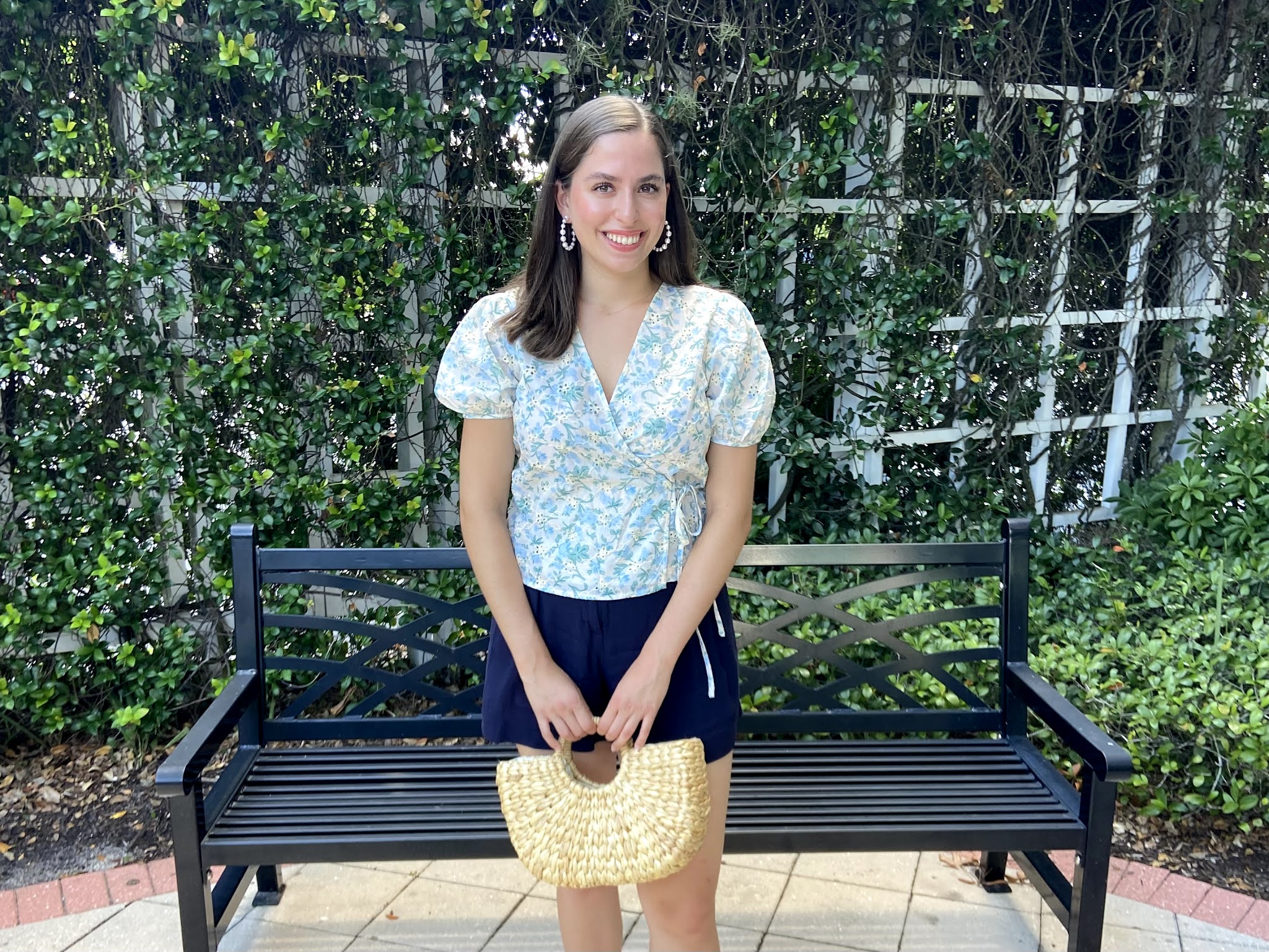 instagram, chicwish, wrap top, navy shorts,