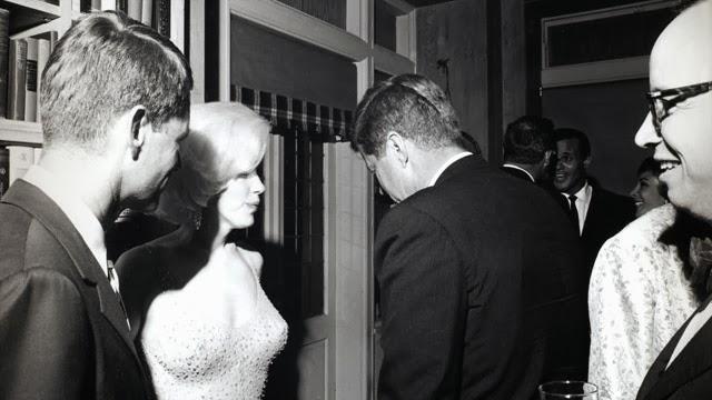 Radioactivity La Muerte De Marilyn Monroe