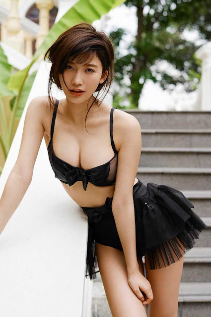 """Vòng một siêu khủng của """"thiên thần nội y"""" 9x hot nhất Nhật Bản"""