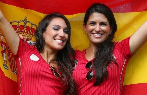 Smiling Spain Fans