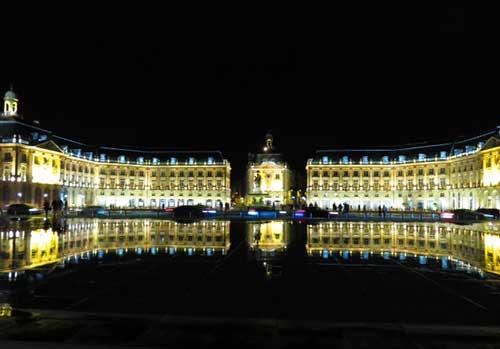 Le Miroir d'eau, Bordeaux, France.