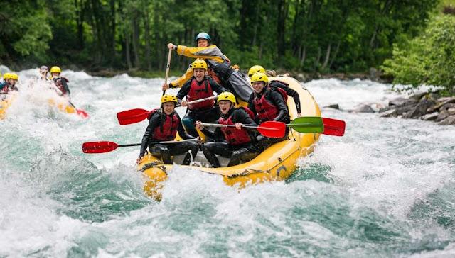 Rafting in Kullu (10 USD)