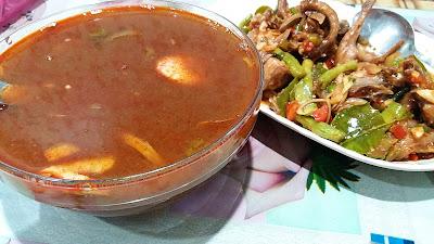 Tomyam Campur Dan Puyuh Sambal Hidangan Berbuka Puasa
