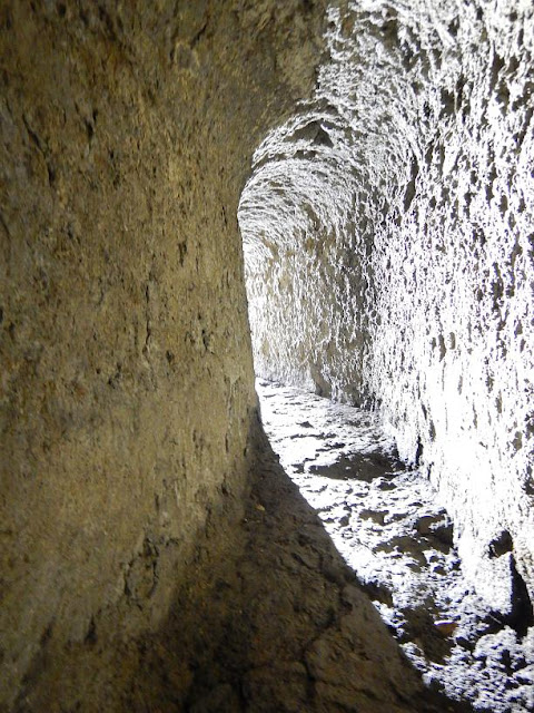 Speleologists study the tunnels and drainage canals of ancient Pompeii