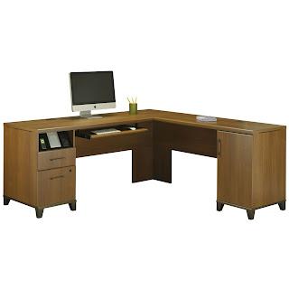 Corner Computer Desks For Small Spaces Oak Corner
