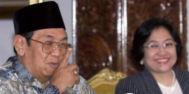 "Penulis Buku ""Menjerat Gus Dur"": Mahfud MD Benar, Pemakzulan Gus Dur Inkonstitusional"