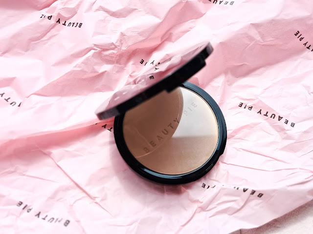 Beauty Pie One Powder Wonder - Exquisite Light