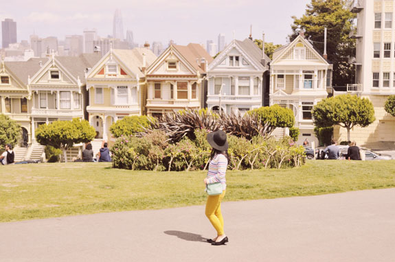 San Francisco Bucket List: Admire the Painted Ladies of Alamo Square