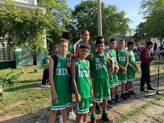 Vice Campeones de baloncesto infantil