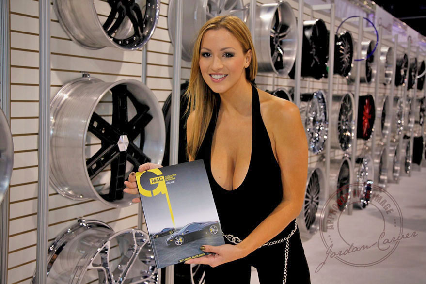 Jordan Carver Stops By Our Booth Sema 2010 Giovanna