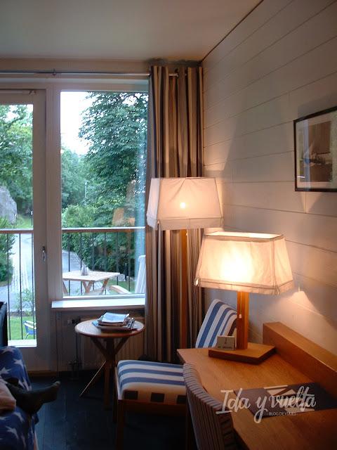 Hotel J habitación