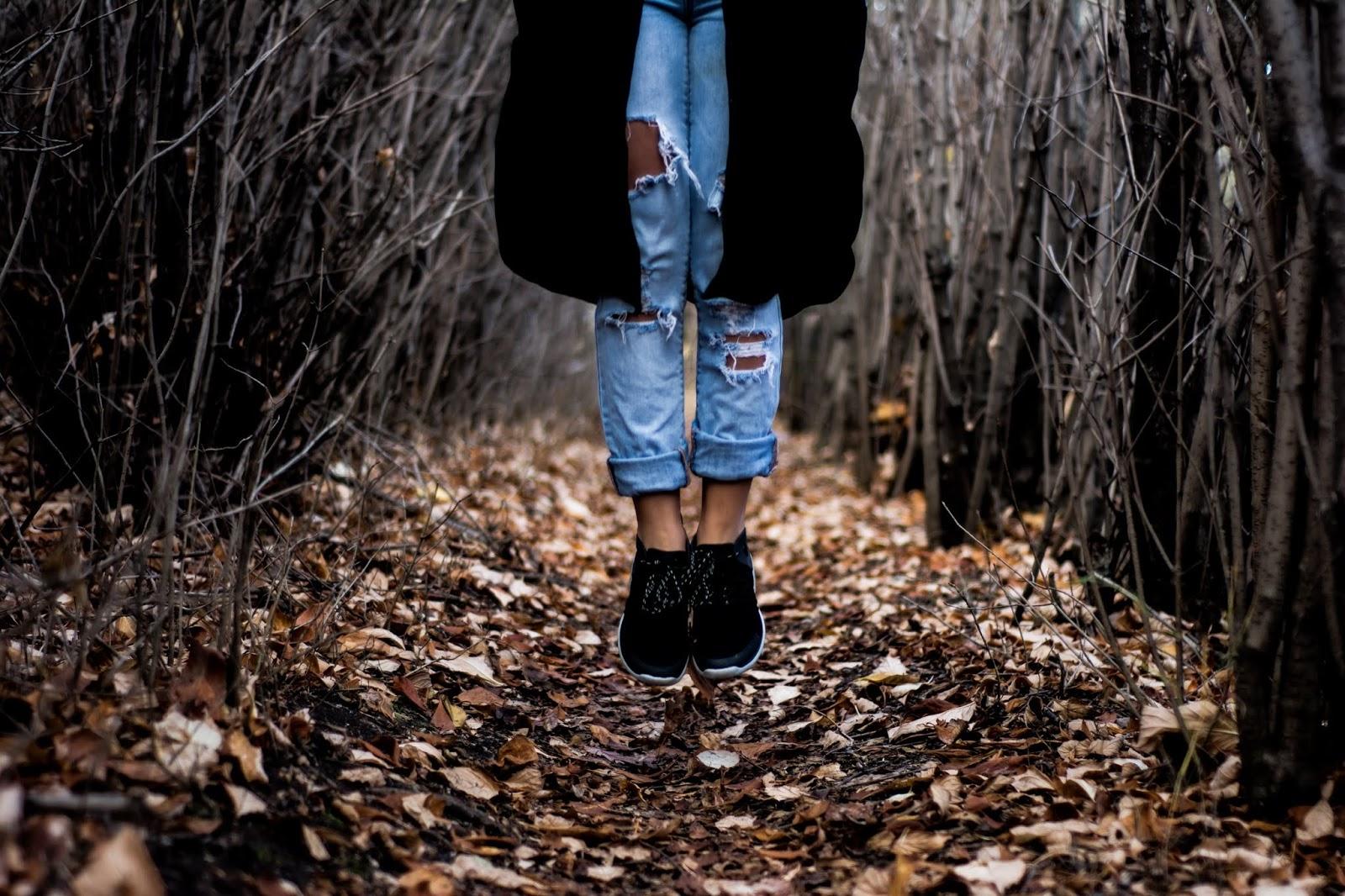 10 Consigli Efficaci Per Prenderti Cura Dei Jeans Strappati