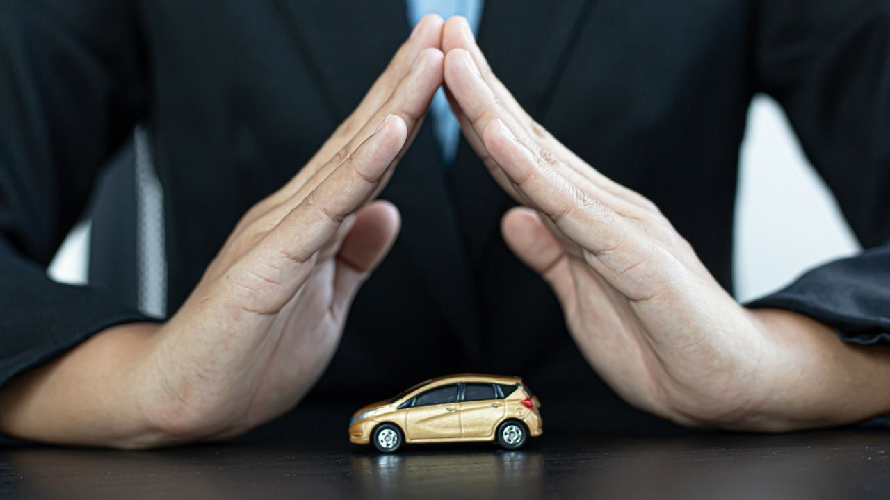 What does automobile insurance cover ?