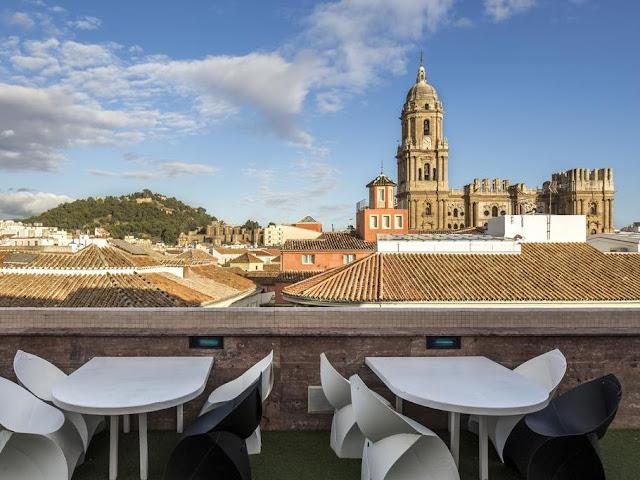 room-mate-larios-terrace-malagatrips