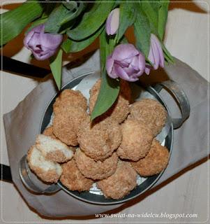 https://swiat-na-widelcu.blogspot.com/2020/02/kokosanki-na-biakach.html