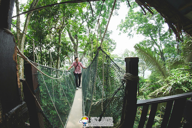 A photo taken by the guard at Canopy Walkway