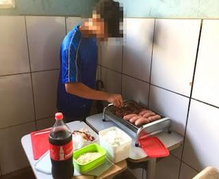 Em colégio da Bahia, alunos são suspensos após prepararem churrasco na sala de aula