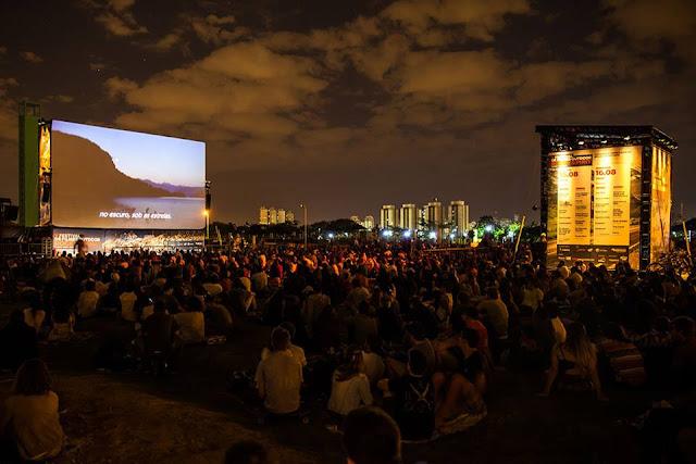 Cinema ao ar livre no Parque Villa-Lobos