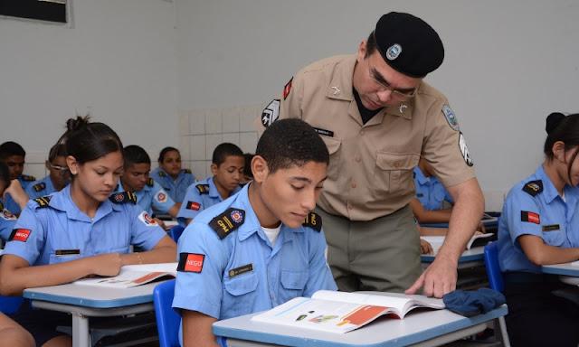 Serviço Militar Obrigatório Para Alunos Indisciplinados Ou Em Abandono Escolar, Opine!