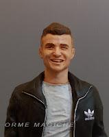 statuine volto personalizzato ritratti realistici modellino persona in miniatura orme magiche