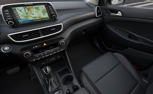 hyundai-tucson-2021-infotainment-touchscreen-display-and-features
