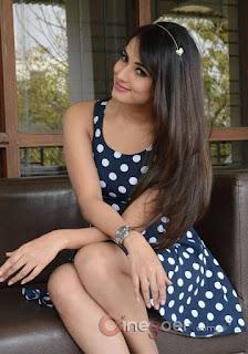charming gilr photo, beautiful indian girls pic, beautiful southindian actress pic