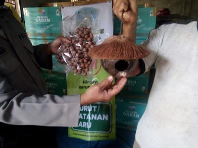 Kerajinan Batok Kelapa Lombok Tembus ke Belanda