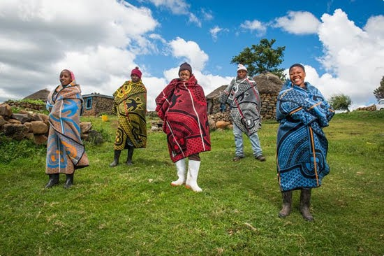 Safari Fusion blog >< Basotho blankets | The cultural identity of the landlocked African mountain kingdom of Lesotho