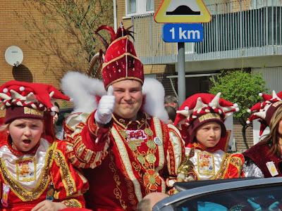 https://carnavalaalstkoentje.blogspot.be/2018/04/arendcarnaval-2018-zomerzon-overheerst.html