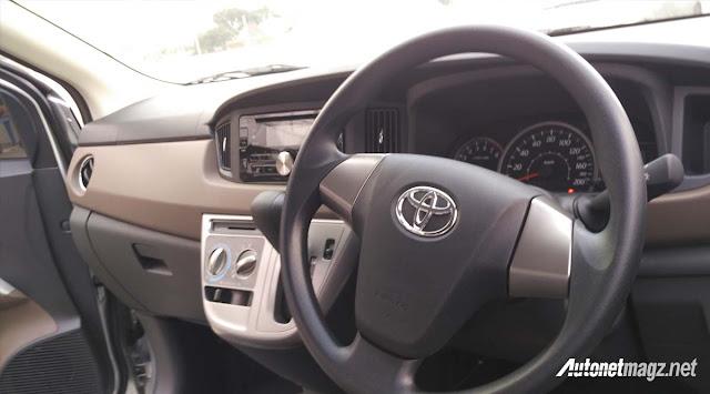 Toyota Calya mini MPV interior in Images -  - Toyota Calya – MPV 7 chỗ giá siêu rẻ sắp ra mắt ở Indonesia