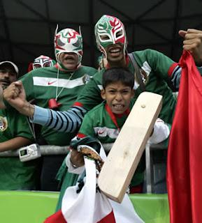 mascara de luchador  aficionados de México