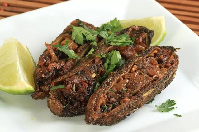 Bharwan Karela Recipe in Hindi