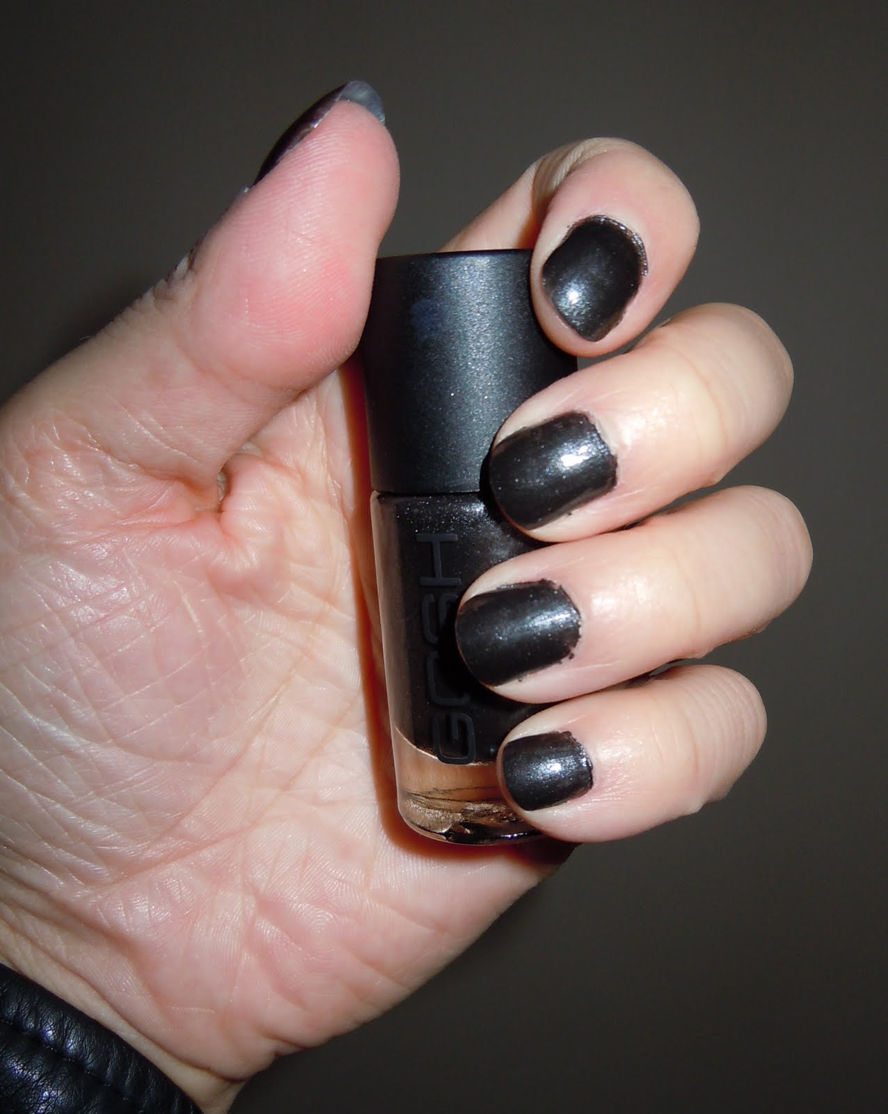Vulcan Butterfly: Mission Impossible: Decent Nails