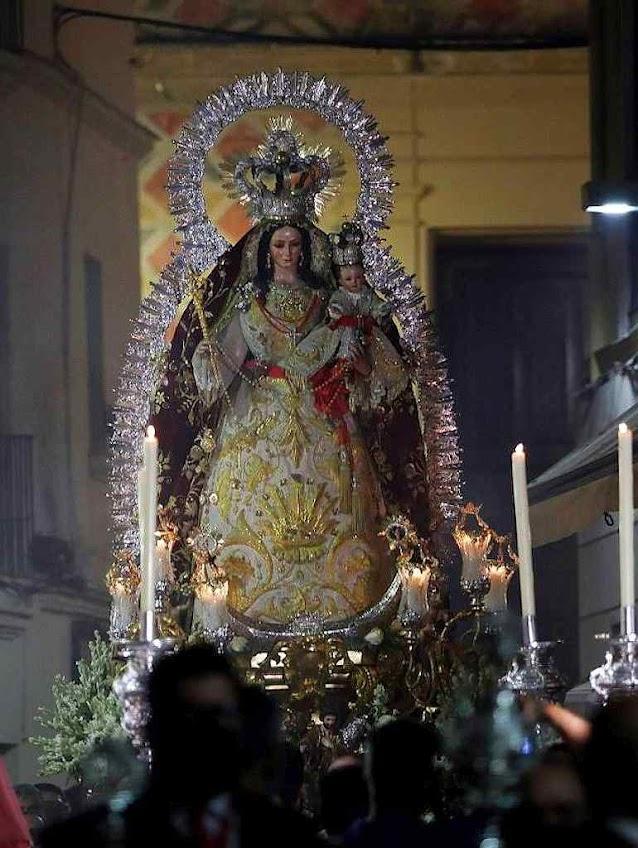Nossa Senhora dos Remédios, padroeira dos Santos Mártires no reinício do culto público