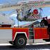 Herido un bombero tras caer de un camión grúa a cinco metros de altura en Alicante