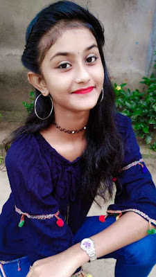 Diya Mukherjee Wiki, Biography