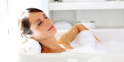 Manfaat Luar Biasa Mandi Susu Untuk Kesehatan Dan Kecantikan