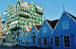 The specialty of Amsterdam can be seen in the fascia of the 70 overlapped town houses and cottages for workers. Inntel Amsterdam Zaandamn rooms are enthused by the indigenous past. There is a Finnish Sauna, Turkish steam bath, spa and a pool.