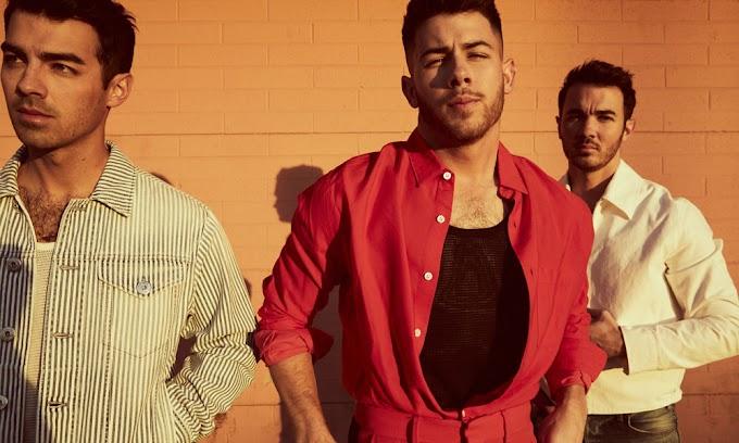 Video: Jonas Brothers - What A Man Gotta Do