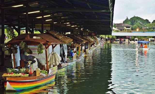 liburan di floating market bandung