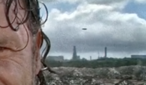 UFO Recorded In This Weeks The Walking Dead TV Show, S07E10, Feb 2017