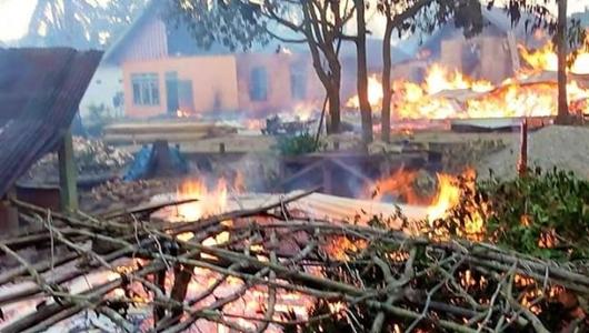 Buton Rusuh dan Situasi Masih Mencekam, 56 Rumah Dibakar Massa