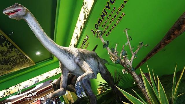 WAHANA Dino Park Jatim Park 3 Batu Malang