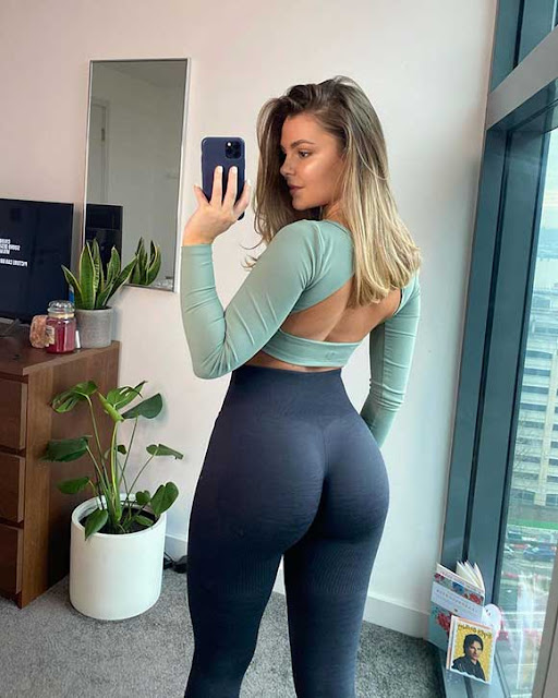 top female fitness influencers on instagram I Taylor Kay