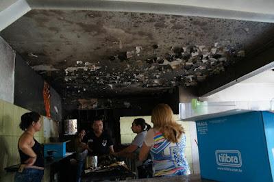 Botijão de gás explode e destrói lanchonete no Centro de Serra Talhada