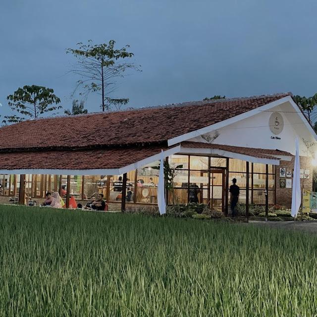 Paddi Cafe Bistro Cirebon Jawa Barat