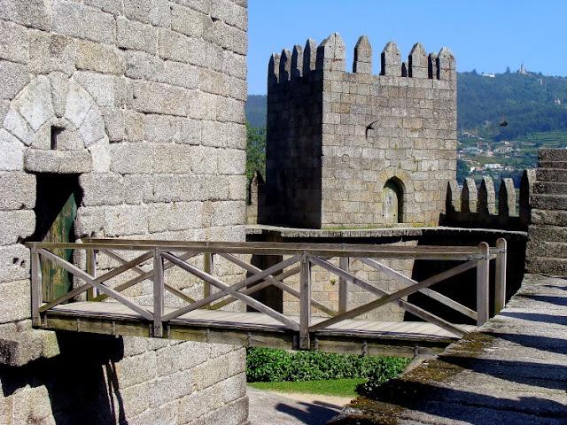 Castelo de Guimarães e Torres